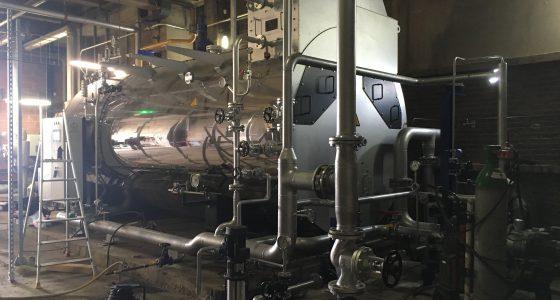 Montage tuyauterie chaudière eau surchauffée